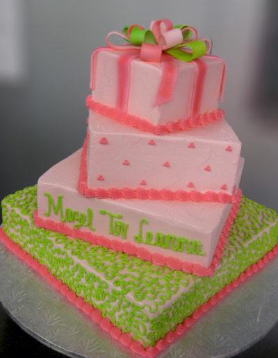 cakes-mitzvah-4tier-pink-gift